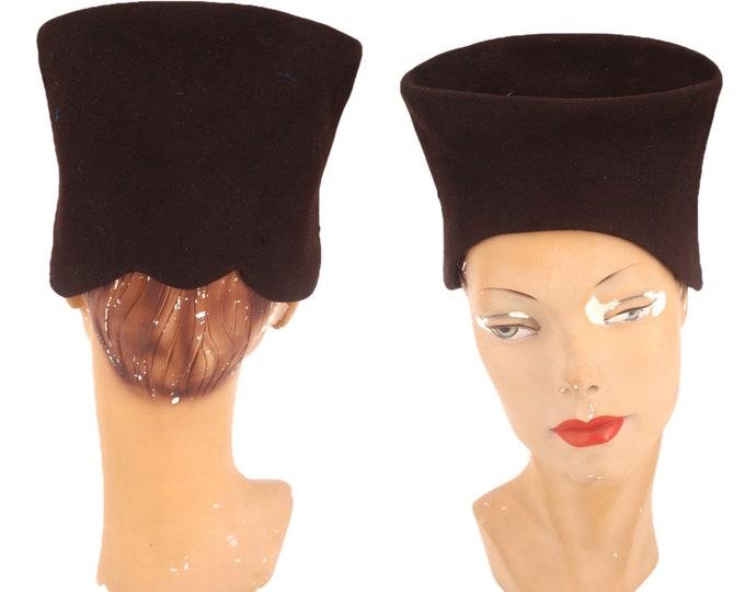1940s brown felt Nefertiti style hat / vintage 40 wool sculptural turban style fascinator 30s Deco