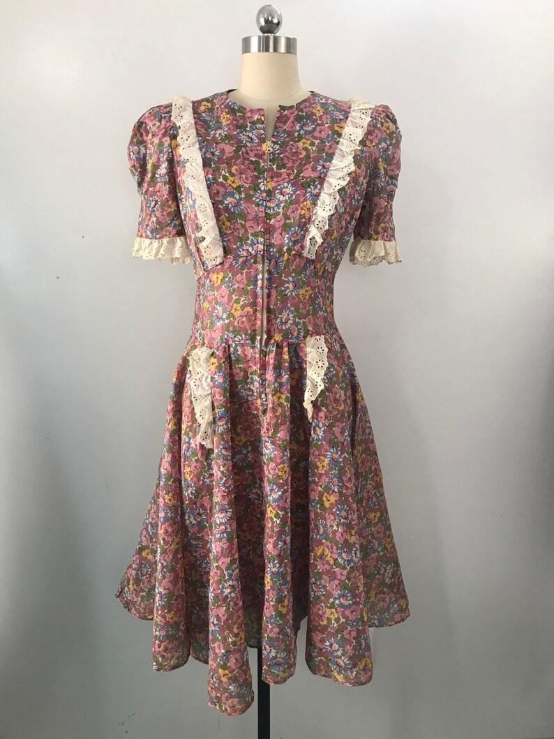 24fddd136d6d 40s SUE MASON HOLLYWOOD floral print cotton voile eyelet trim | Etsy