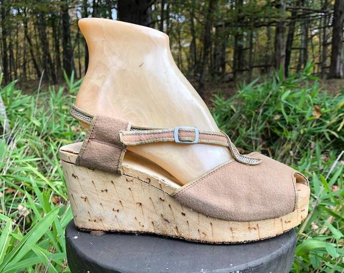 30s ART DECO sandals, carved wooden & felt platform shoes, vintage wedges sandals 1930s 40s 7
