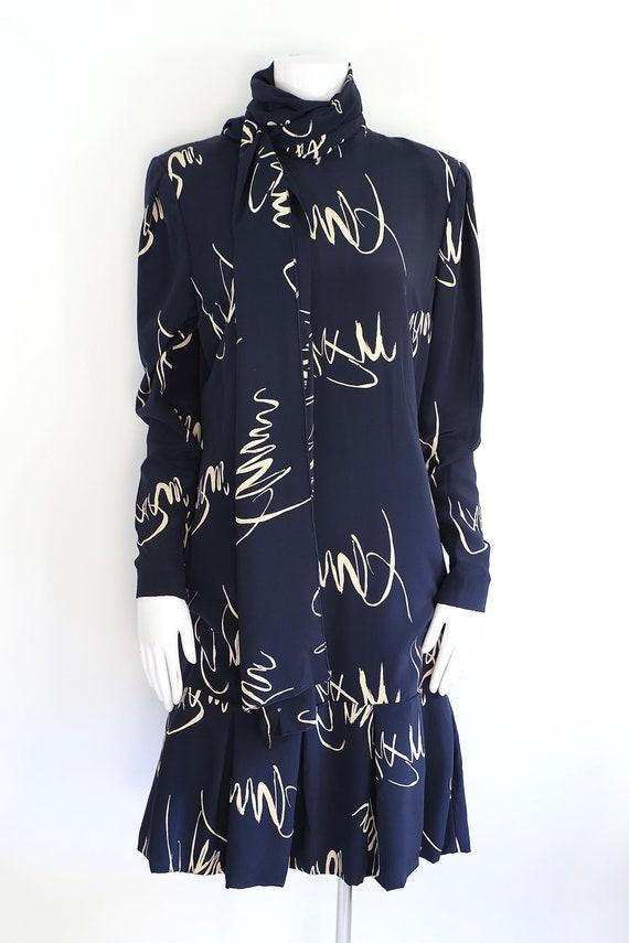80s Pauline Trigere navy print silk dress / vinta… - image 5