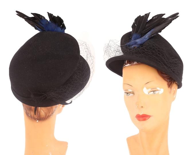 40s bird wing hat / vintage 1940s NY CREATIONS Florence Yingst felt tilt topper cocktail 30s