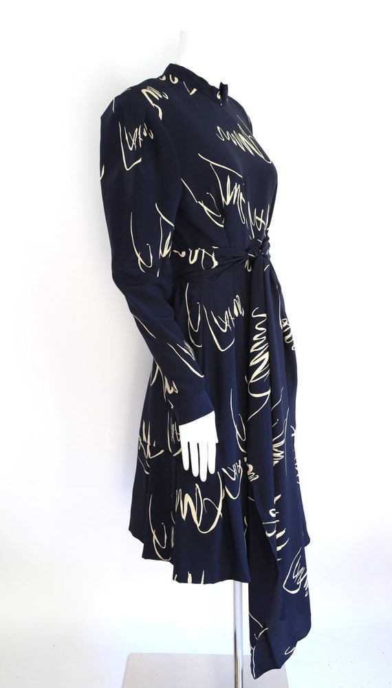 80s Pauline Trigere navy print silk dress / vinta… - image 2