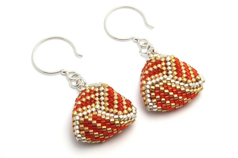 Triangle earrings  beaded triangle earrings  peyote stitch image 0