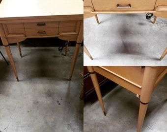 Mid Century Singer Sewing Machine In Cabinet