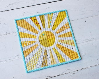 Sunny Days Mini Quilt Pattern (PDF Download)