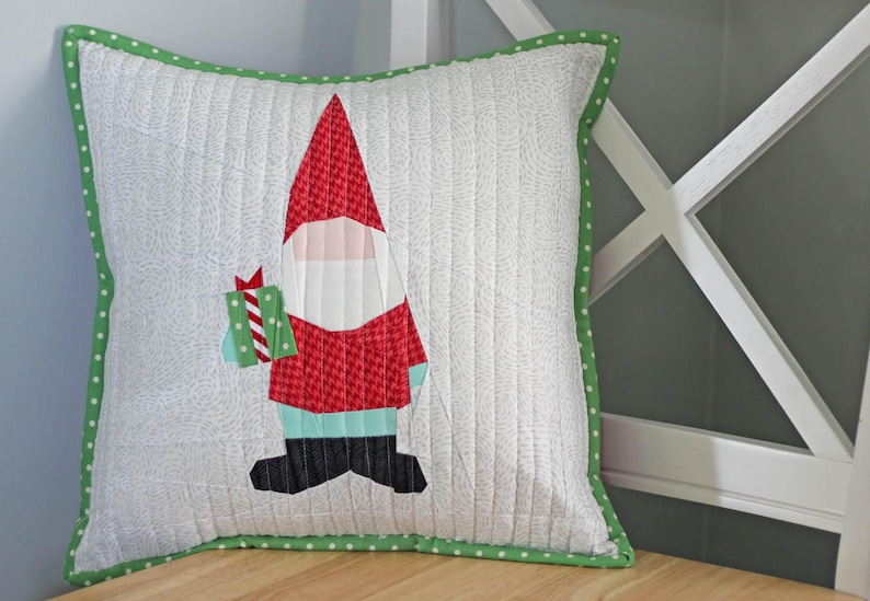 Christmas Gnome Foundation Paper Pieced FPP Digital Pattern image 0
