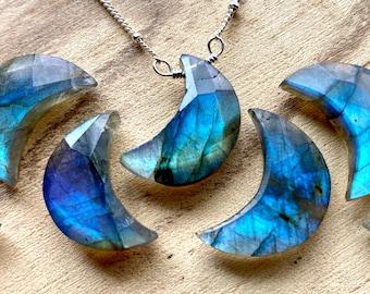 Raw labradorite moon necklace Crystal moon necklace for women Blue labradorite necklace Raw gemstone moon necklace Real labradorite pendant