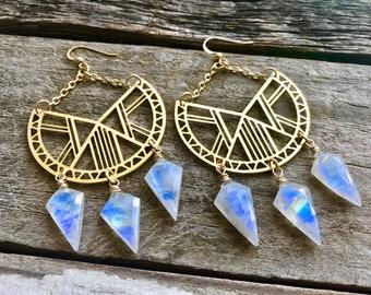 Rainbow moonstone hoop earrings Raw crystal hoop earrings Mandala earrings Moonstone earrings Raw stone Chandelier earrings Crystal point