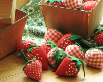 Vintage Berry Carton Filled with 12 Vintage Fabric Strawberries