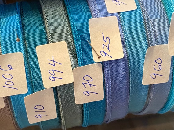 silk Late 1920s vintage silk and rayon grosgrain in many colors unused perfect 38