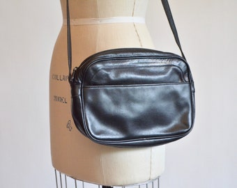 Vintage 1990s made in ITALY leather shoulderbag