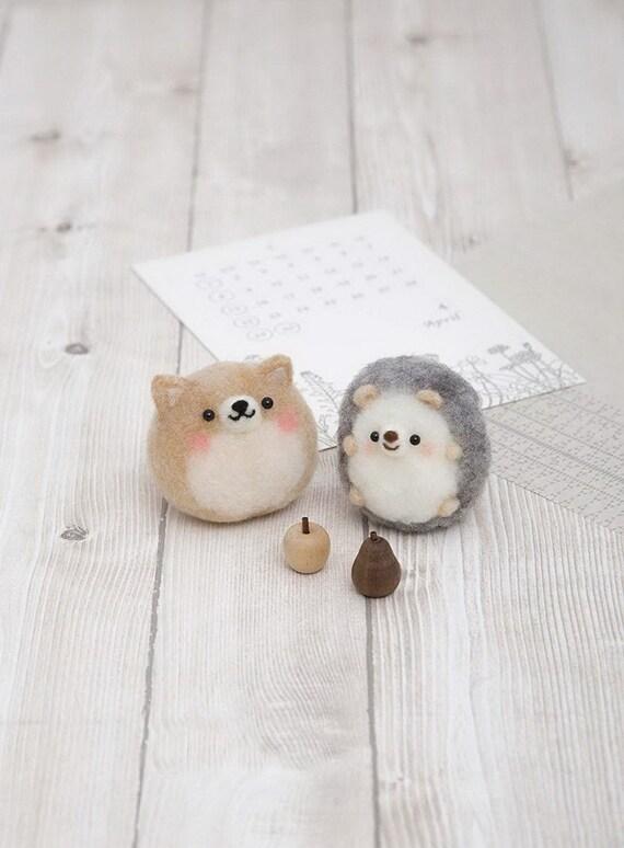 Needle Felting animal Kit brown beige Roving Wool DIY Handcraft Hedgehog
