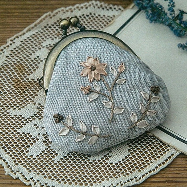 Fabric embroidery Purse Kit  Winter Wildflowers Japanese Craft kit Designed by PORITORIE PHC-057-4
