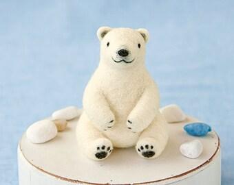 DIY handmade Wool Felt kit Polar bear -  Japanese kit package H441-463