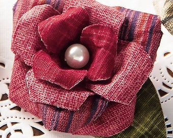 Brooch and rose (red) Kit Easy to make just folded with cloth --- Japanese Craft Kit 5670013