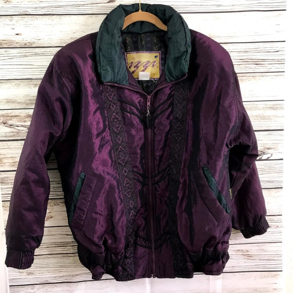 Vintage 80s 90s Purple Shiny Ladies Puffer Coat Me