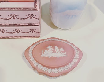 Lovely Wedgwood Pink Jasperware with Cupids Domed Oblong Trinket Box with Lid.