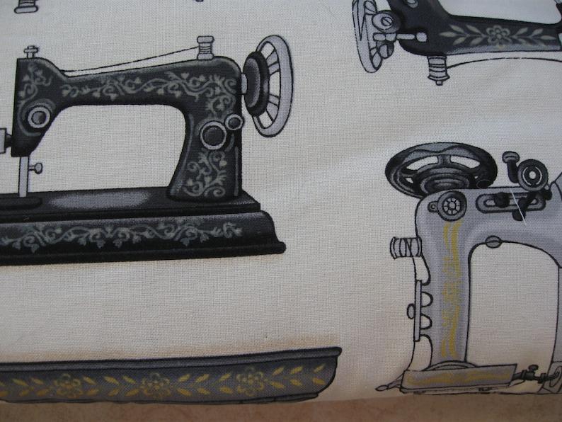 vintage sewing machine print large padded bag