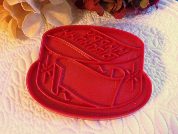Tupperware Happy Birthday Cake Imprint Cookie Cutter Vintage
