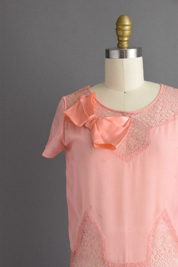 vintage 1920s | Beautiful pink silk chiffon antiq… - image 4
