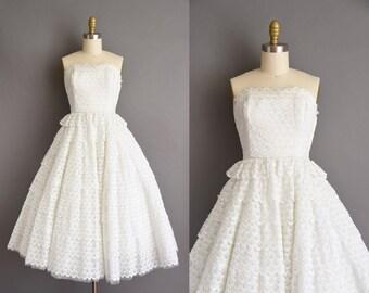 White eyelet cotton strapless 50s bridal wedding dress. 1950s vintage dress