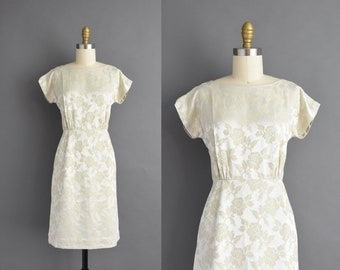 vintage 1950s | Gorgeous Ivory Floral Short Sleeve Cocktail Party Wiggle Dress | XS | 50s dress