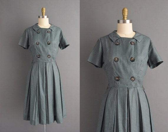 vintage 1950s | Cotton plaid print short sleeve fu
