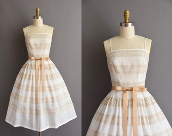 vintage 1950s L'aiglon white cotton full skirt sun dress vintage 50s