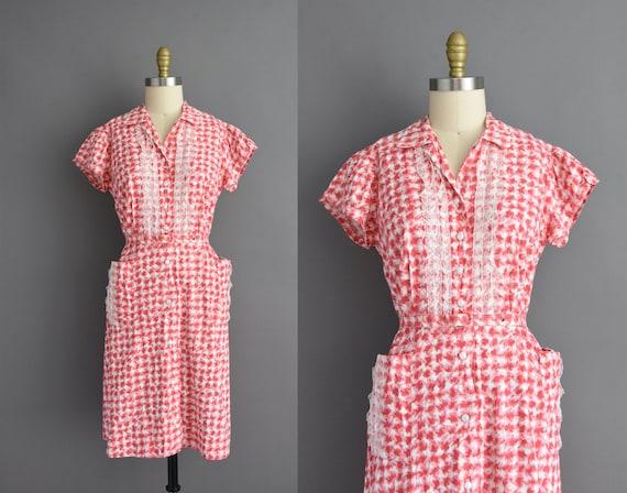 vintage 1950s | Red & White cotton plaid print sho