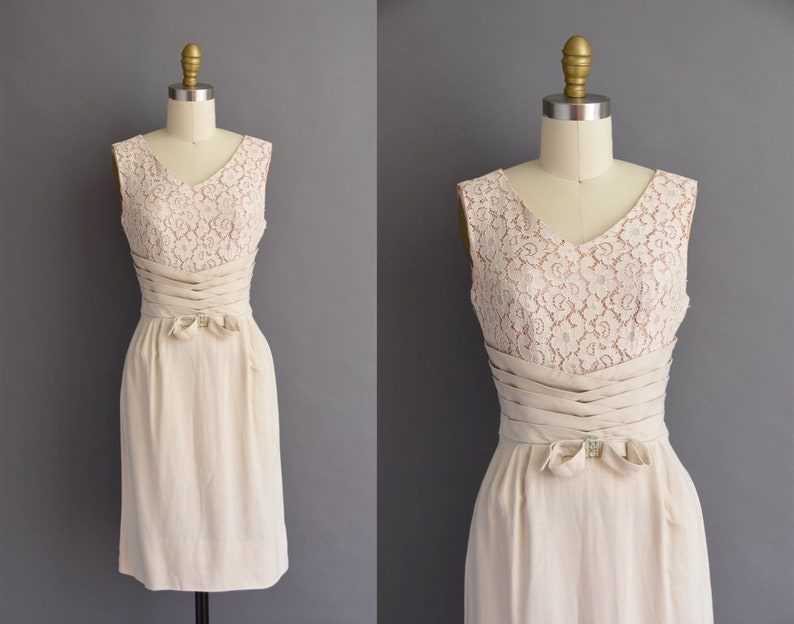 0a7ac07fcf1 Vintage 1950s beige linen cotton lace cocktail wiggle dress