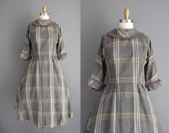 vintage 1950s dress | Small Medium | Gray wool pla