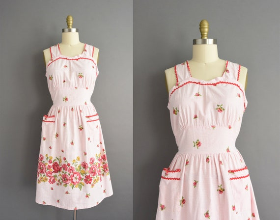 vintage 1950s | Pink Floral Print Sleeveless Cotto
