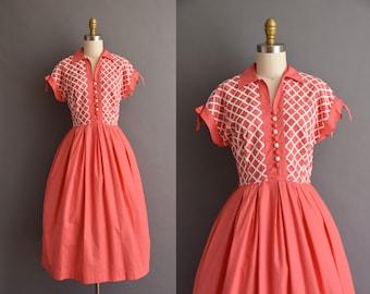 vintage 1950s Vicky Vaughn pink cotton lattice full skirt dress Small Medium 50s vintage pink full skirt day dress