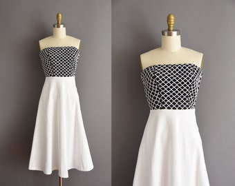 50s vintage white cotton strapless caged full skirt dress XS 1950s strapless black and white dress