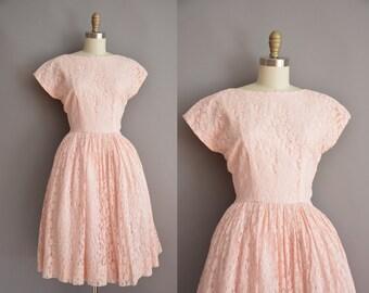 50s pink heavy lace full skirt vintage dress. vintage 1950s dress