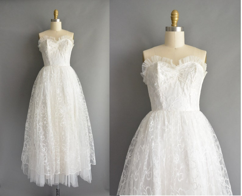 aa3da628075 Vintage 1950s dress 50s sweetheart white strapless lace