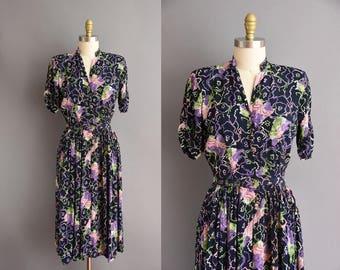 40s rare novelty print vintage navy blue rayon vintage dress. 1940s vintage dress