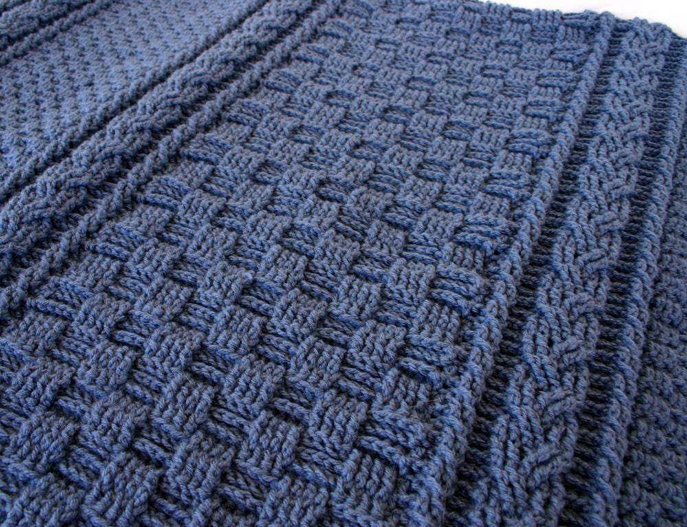 Ganchillo afgano cables azul marino armadura de cesta color