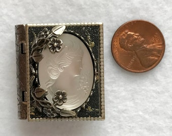 Miniatuare book Pin, Cameo jewelry, cameo brooch, storyteller jewelry, Vintage style, silver-victorian style, steampunk cameo, silver vine