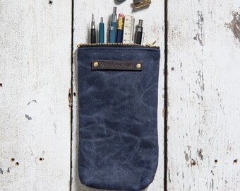 Waxed Canvas Scribbler Pouch in Rook, Indigo Accessories Case, Waxed Canvas Bag, Pencil Case, Makeup Bag, Zipper Pouch, Birthday Gift, Wife