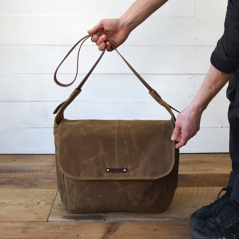 bc38307fdc Large Finch Messenger Bag Waxed Canvas Crossbody Bag Zipper