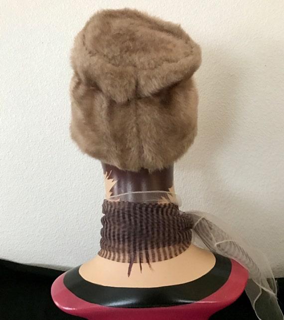 Mod Faux Fur Hat Vegan, Vintage 60s - image 3