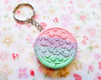 Pastel Kawaii- Rainbow Oreo Cookie Keychain b6703cb60ce8