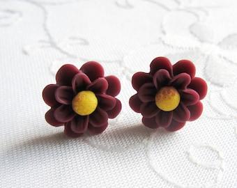 Matte Chrysanthemum Flower Earrings / Chrysanthemum / Mums / Flower / Post / Stud / Earrings / Flower Studs / Flower Posts / Wine / Red