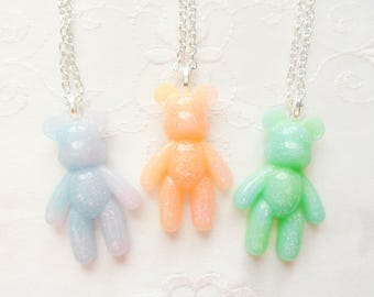 Kawaii Bear Necklace / Cute Necklace/ Glitter Necklace / Kawaii / Resin/ Gummy Bear / Pendant