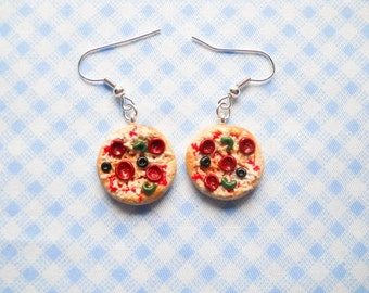 Pizza Earrings, Deluxe Pizza, Pepperoni Pizza, Realistic Pizza, Miniature Pizza, Food Earrings, Miniature Food Earrings, Polymer Clay