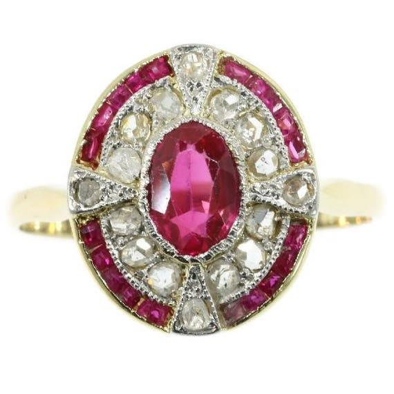 Art Deco diamond ruby ring 18k yellow gold rubies