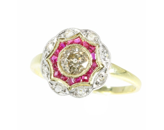 Art Deco Diamond and Ruby 18 Karat Yellow Gold Rin