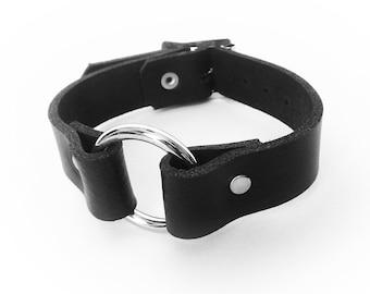 Black Leather O Ring Wristband, Black O Ring Wristband, Black Slave Cuff, Black O Ring Wrist Cuff, Black O Ring Wristband, Slave Wrist Cuffs