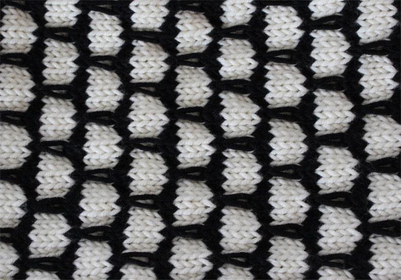 KNITTING PATTERN Black and White Cowl knitting pattern PDF